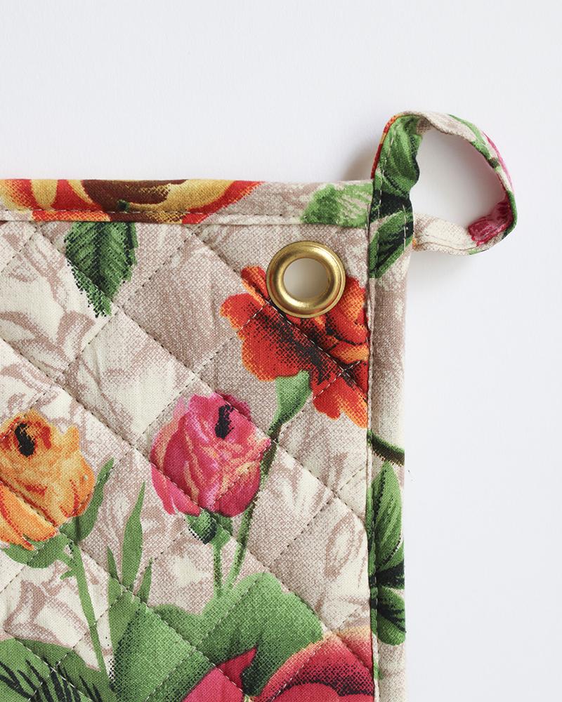 rose print pan holder